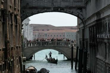 La Basilica D'Oro e Venezia in Gondola